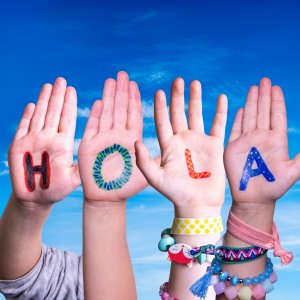 Spanish introductory conversation and greetings - hola